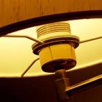 lampička jako stolní osvštlení při hře a malování