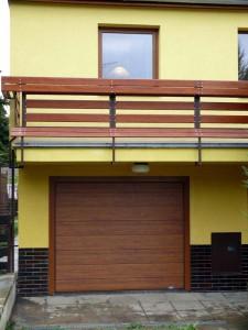 Nová metoda - sekční vrata TRIDO Evo – rychlé, snadné a ladí s novými okny.
