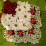 Květinový dort se svíčkami