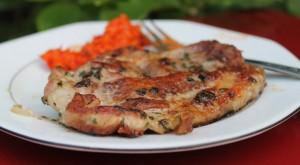 maso z elektrickeho grilu