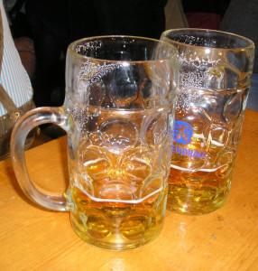 pivo sklenice