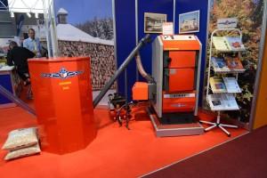 automaticky kotel na biomasu