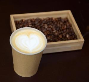 kava cerstve mleta cappuccino