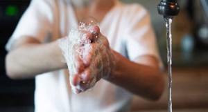 dite hygiena myti rukou