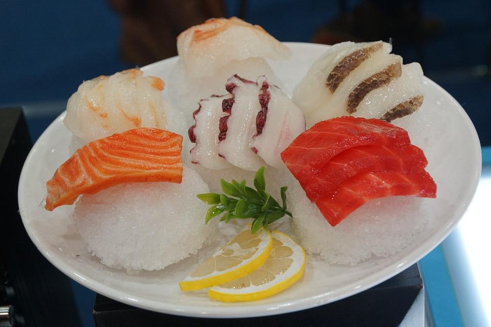 sushi oblezeny talir