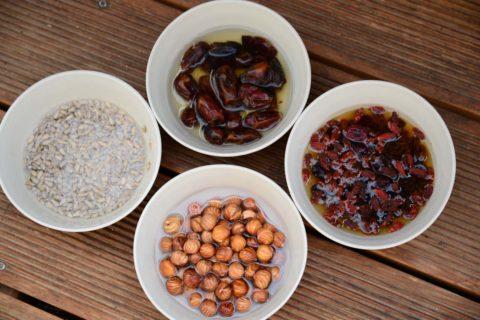 orechy a ovoce