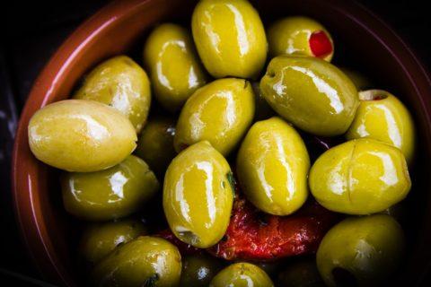 nakladane olivy