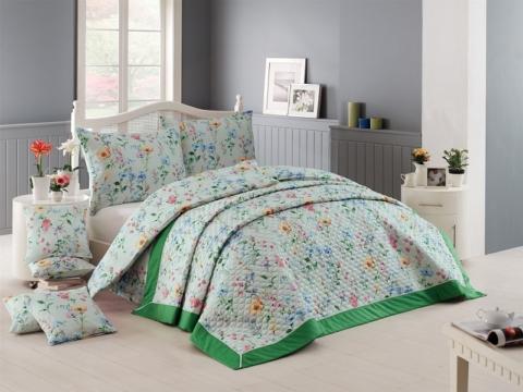 Díky přehozu bude vaše postel vždy dokonale upravená