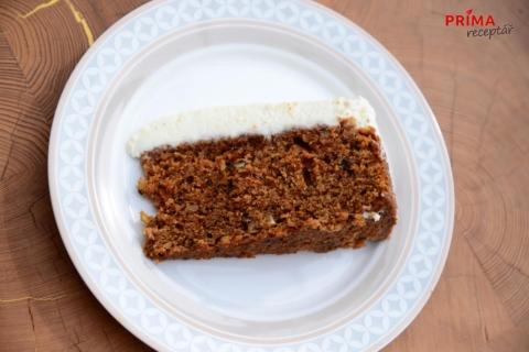 orechovy dort s tvarohovym kremem