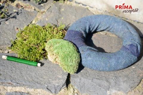 jak vyrobit mechovy venec