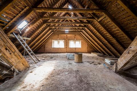 zatepleni podlahy strechy