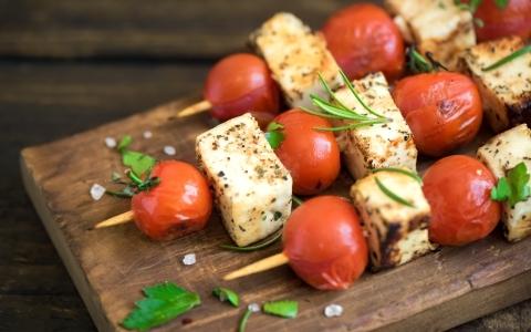 neroztekaci syr na gril